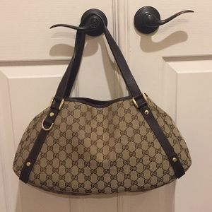 Authentic Gucci Medium Abbey Shoulder Bag